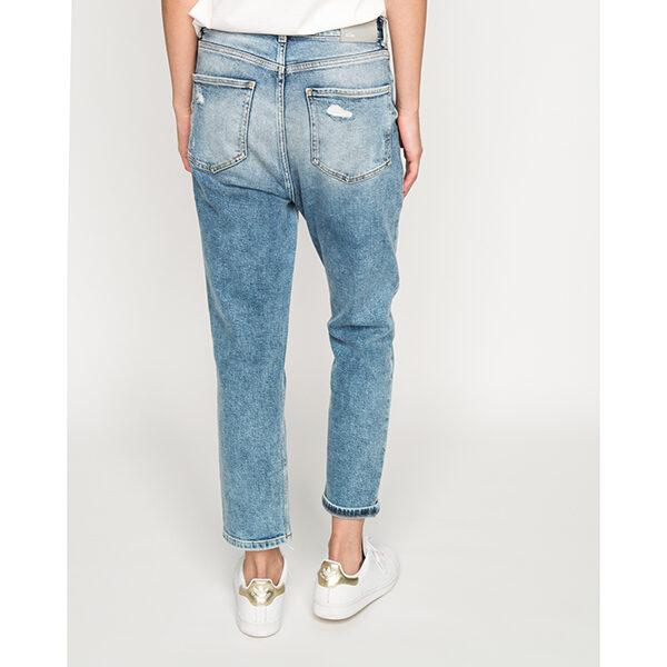 Mum Jeans 2